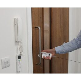 KROK ID Card Holder With Door Opener